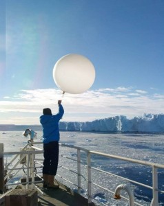 Launching a radiosonde with Pine Island Glacier in the background, what a place to work!